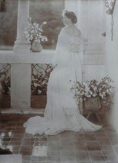 Queen Marie Art Nouveau, Queen Victoria Children, Royal King, Ferdinand, Descendants, King Queen, Marie, Royalty, Princess