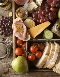 Entertaining: Ploughman's Lunch - Create your own version of a Ploughman's Lunch for a perfect picnic - indoors or out. An easy, relaxing way to entertain company.