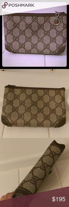 Gucci authentic cosmetics bag Vintage authentic Gucci cosmetics bag. Approx 6X4. No sign of wear. Gucci Bags Cosmetic Bags & Cases