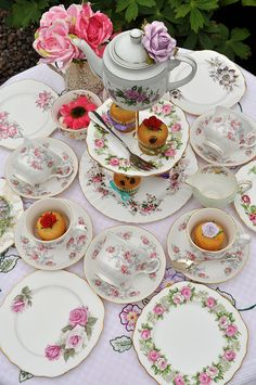 What a great set for a tea party.  It is described for children.  I think it is lovely and would love to have a tea party with the lovel;y china.