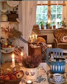 English Living Rooms, Rustic Decor, Farmhouse Decor, Cottage In The Woods, Dere, Romantic Homes, Dream House Plans, Scandinavian Interior, Cozy House