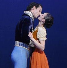 The Prince and Cinderella finally kiss... https://northernballet.com/cinderella