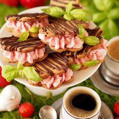 Ciasteczka kawowe z bazylią i kremem truskawkowym Cake Hacks, Lemon Curd, Tacos, Beef, Ethnic Recipes, Food, Diet, Meat, Essen