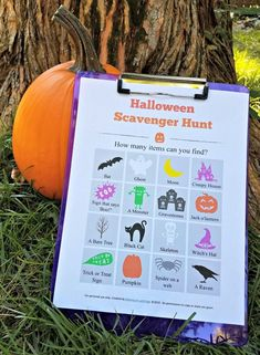 Kids will LOVE this free printable Halloween Scavenger Hunt game! Head around your neighborhood to see how many clues you can find! Halloween Scavenger Hunt, Photo Scavenger Hunt, Scavenger Hunt For Kids, Scavenger Hunts, Halloween Words, Halloween Books For Kids, Halloween Activities, Activities To Do, Halloween Themes