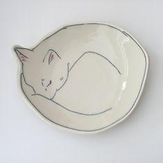Canape plate | Kitty Plate | Warm Kitty Dessert plate | Jewelry catchall | Cat plate | Sleeping Cat