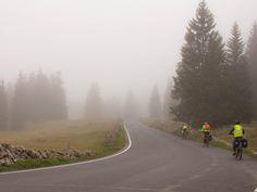 Vom Mont Soleil an den Genfersee - Auf dem Weg zum Col du Marchairuz #Transjurane2 Veils, Tours, Nature, Travel