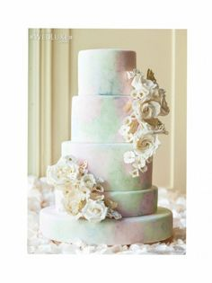 Ask the Pros: Wedding Cakes