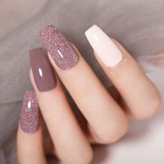 New Arrival🎉Colorful Holographic Dipping Nail Powder😍 Do you like them? - Care - Skin care , beauty ideas and skin care tips Dip Nail Colors, Sns Nails Colors, Cute Nails, My Nails, Bio Gel Nails, Bling Nails, Gel Powder Nails, Color Powder Nails, Nail Dipping Powder Colors