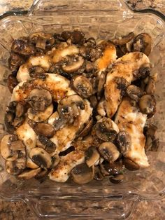 Chicken and Mushrooms in a Garlic White Wine Sauce – Easy Recipes
