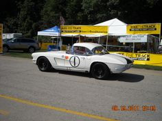 Vintage Vettes were the Sunday Feature