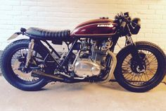 www.marktplaats.nl/motoren-oldtimers/kawasaki-z750-twin-caferacer-bratstyle-cafe-racer Origineel: Kawas...