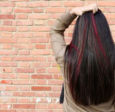 Red streaks... want this kind of hairstyle for me..