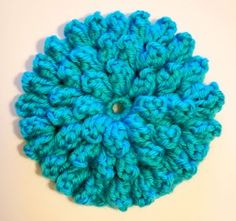 Popcorn Stitch Flower: Free Pattern!