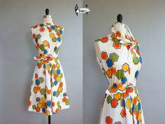 Vintage style shift dress  polyester dress medium - 70s dress - honeycomb matching scarf and belt bright  (w170w01-1)