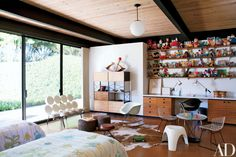 A Malibu Hills Home is Transformed into a Modernist Lover's Dream Photos | Architectural Digest