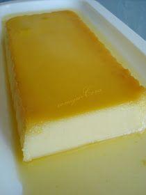 FLAN DE YOGURT * 150 gr. de azúcar * 75 gr. de agua * 3 huevos * 2 yogures * Canela o ralladura de limón Hacemos un almíbar con el ...