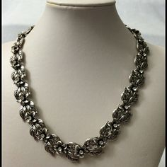 Silver toned floral necklace. Very elegant floral necklace Jewelry Necklaces