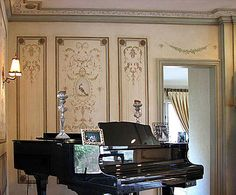 Elegant stencil border, classic acanthus leaves. beautiful wall stencils for sophisticated decor.