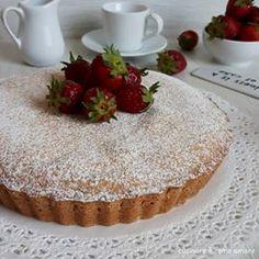 DOLCE TORTA CUORE RIPIENO ricotta fragole   Cucinare è come amare Butter Pound Cake, Italian Cake, Vanilla Cake, Italian Recipes, Tiramisu, Food And Drink, Sweets, Ethnic Recipes, Biscotti