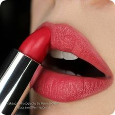 "@makeupforeverofficial  Rouge Artist Natural Lipstick; N51 ""Coral Confident"""