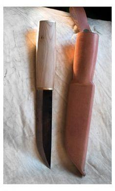 Knives And Tools, Knives And Swords, Diy Pallet Furniture, Knife Making, Scandinavian Style, Bushcraft, Knife Block, Blacksmithing, Blade