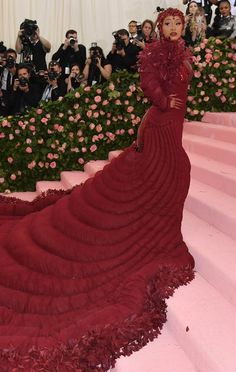 Take a look at every outfit and dress from the red carpet of the 2019 Met Gala in New York, from Lady Gaga to Kim Kardashian. Caroline Trentini, Natasha Lyonne, Rachel Brosnahan, Met Gala Red Carpet, Tessa Thompson, Lily Rose Depp, Lily Aldridge, Charli Xcx, Costume Institute