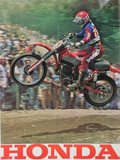 How often do we see these Cats take a bad riding pic? Motocross Action, Motocross Riders, Honda Dirt Bike, Honda Motorcycles, Japanese Motorcycle, Motorcycle Bike, Mx Bikes, Cool Bikes, Go Ride