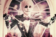 Jack Skellington  Source: http://maho-urei.deviantart.com/art/Jack-s-Obsession-343791630  [Cosplayer + costume + makeup: Urei] [Photographer: ningen-sankyaku]  #cosplay