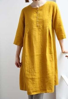 linen dress looks so comfy Clothing Patterns, Dress Patterns, Linen Dress Pattern, Cool Outfits, Fashion Outfits, Womens Fashion, Mode Hijab, Linen Dresses, Sewing Clothes
