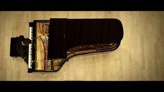 L'ACCORDEUR / The Piano Tuner