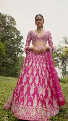 Indian Bridal Outfits, Indian Bridal Lehenga, Indian Bridal Fashion, Indian Bridal Wear, Indian Fashion Dresses, Indian Designer Outfits, Bridal Dresses, Lehanga Bridal, Sabyasachi Lehenga Bridal