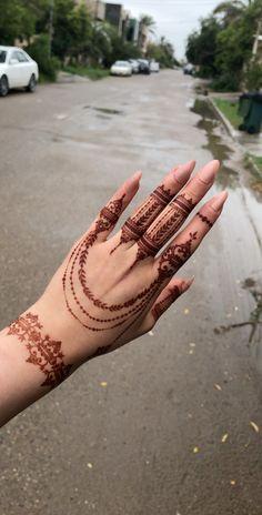 New Henna Designs, Finger Henna Designs, Eid Mehndi Designs, Modern Mehndi Designs, Wedding Mehndi Designs, Mehndi Designs For Fingers, Beautiful Mehndi Design, Henna Tattoo Designs, Mehndi Images