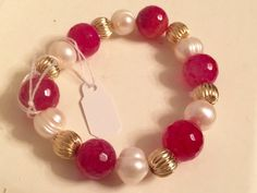 Agate Gemstones strech Bracelets in fuchsia with pearls and black with pearls. #etsy  #design