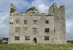 Leamaneh Castle - County Clare