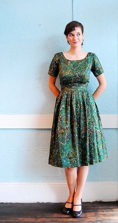 i don't even care that at this point a dress like this would accent my matronliness. Love it!