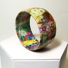 Gustav Klimt is my favorite artist - this bangle is quirky, while the form itself is classic. I imagine wearing this on the weekends while searching through dusty books and vintage shops.