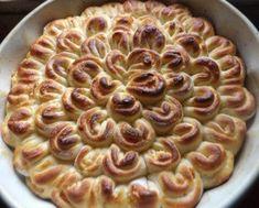 Mutatós virágsüti kelt tésztából - Balkonada sütemény recept