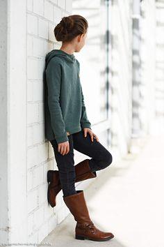 1-hoodie-gruen-die-kleine-stoffmaus-selbermachen-macht-gluecklich-vorlage-hoch-leer