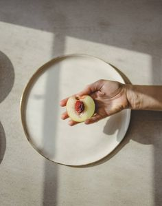 Porcelain dinnerware by SIND studio