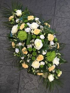 Untitled Sunflower Arrangements, Funeral Flower Arrangements, Funeral Flowers, Love Flowers, Beautiful Flowers, Casket Flowers, Flowers London, Funeral Sprays, Cemetery Decorations