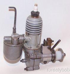 Very Nice Original 1938 Syncro Bee .122 Spark Ignition Model Airplane Engine