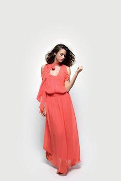 => Retrouvez vos articles en boutiques :     Robe RNR131D : 79.90 €   http://www.nafnaf.com/fr/maxi-robe-en-voile.html