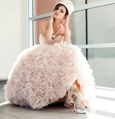 Wedding Gown Fashion: High Gloss | Bridal and Wedding Planning Resource for Arizona Weddings | Arizona Bride Magazine