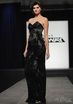 Christina Aguilera chose Carol Hannah's sparkly, feather number to wear on stage.