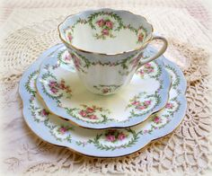 Tuscan tea cup - trio, Blue Upon White with Pink Rose Floral and Green Garland on Scalloped Edges
