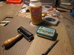 How to perfectly get paper on an Altoid tin.  junk: Tutorial: Altered Altoid Tin