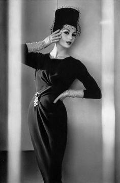 Jean Newington, 1959