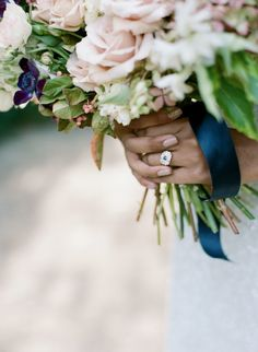 Photography : Elisa Bricker | Floral Design : Jacin Fitzgerald Events