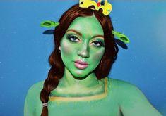 💜Maléfica💚 Creo que este es mi maquillaje favorito hasta el momento 💛 quería hacer una mezcla entre la película vieja y las nuevas y amo… Shrek, Neutrogena, Makeup Shop, Makeup Art, Top Photo, Bridal Make Up, Morphe, Makeup Junkie, Halloween Makeup
