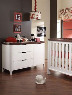 I just love Red and brown together, but I'm thinking vintage baseball for a boys room instead of the floral (which I also like)